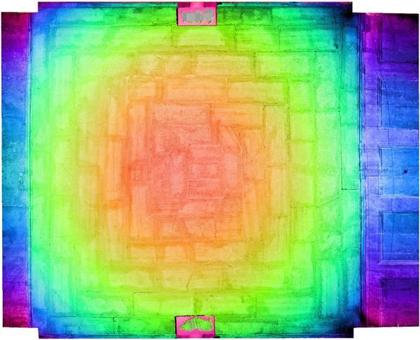 Superposition de l'orthophoto avec une carte de profondeur couleur de la voûte de vestibule de ancien couvent des Dominicains à Carpentras